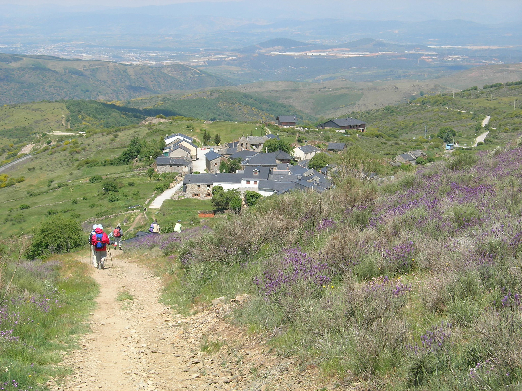 Walking tour of the Camino
