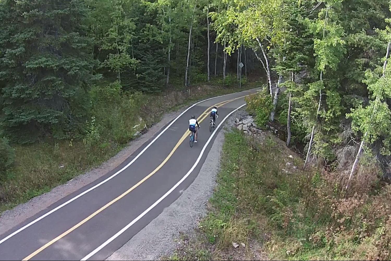 Bike tour through Quebec's blueberry route