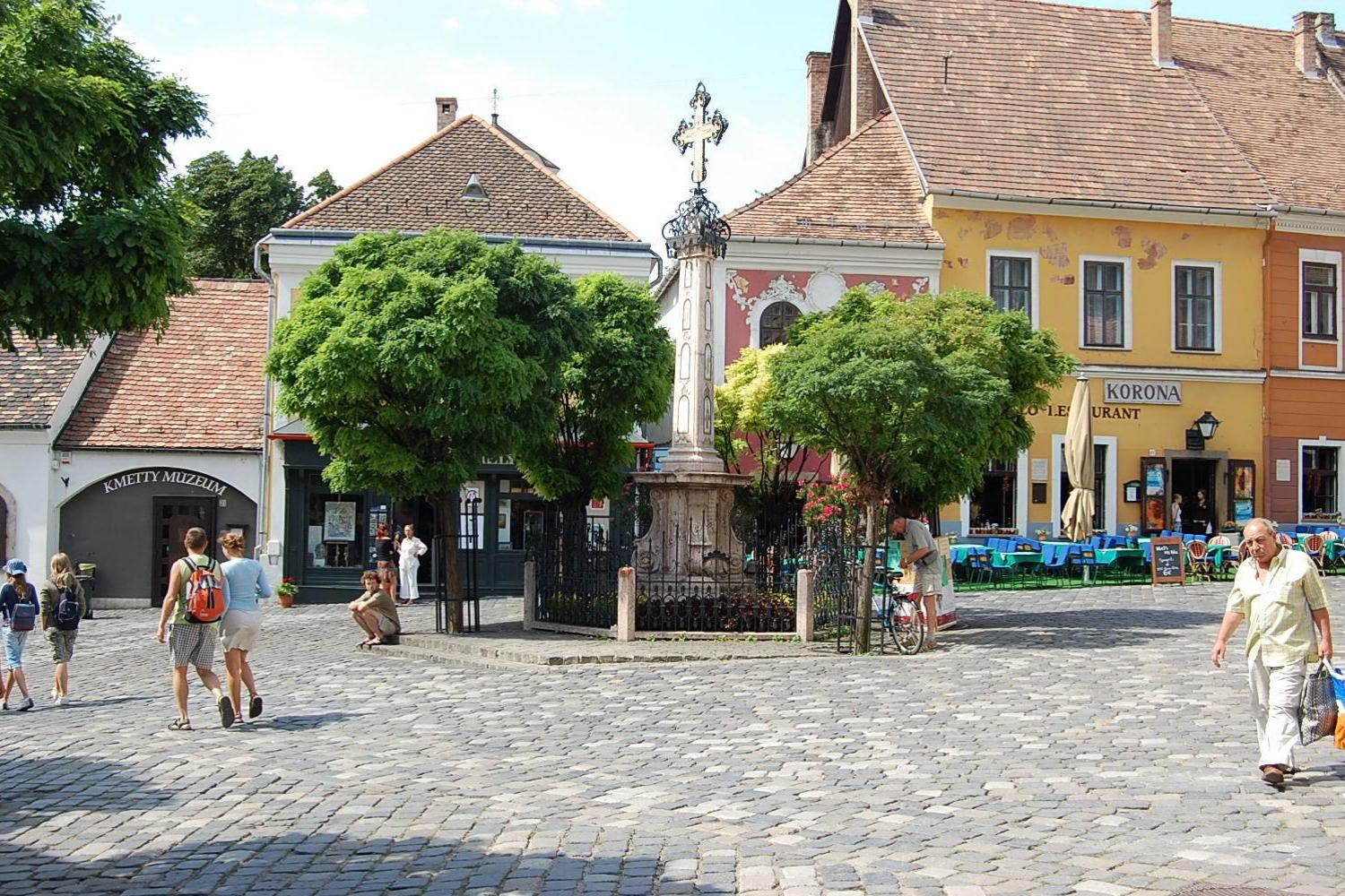 Self-guided cycling tour in Hungary - Vienna To Budapest Bike Tour