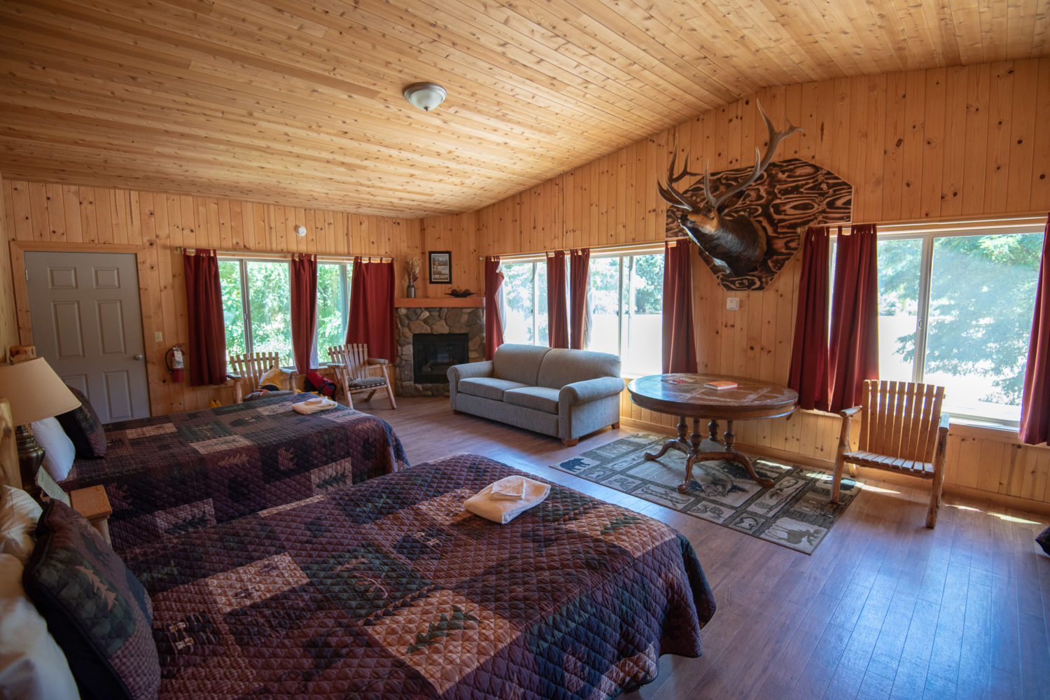 Cozy up in a different lodge each night! (c)ChadCase