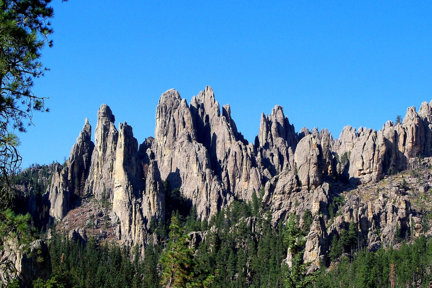 Incredible rock formations can be seen in South Dakota