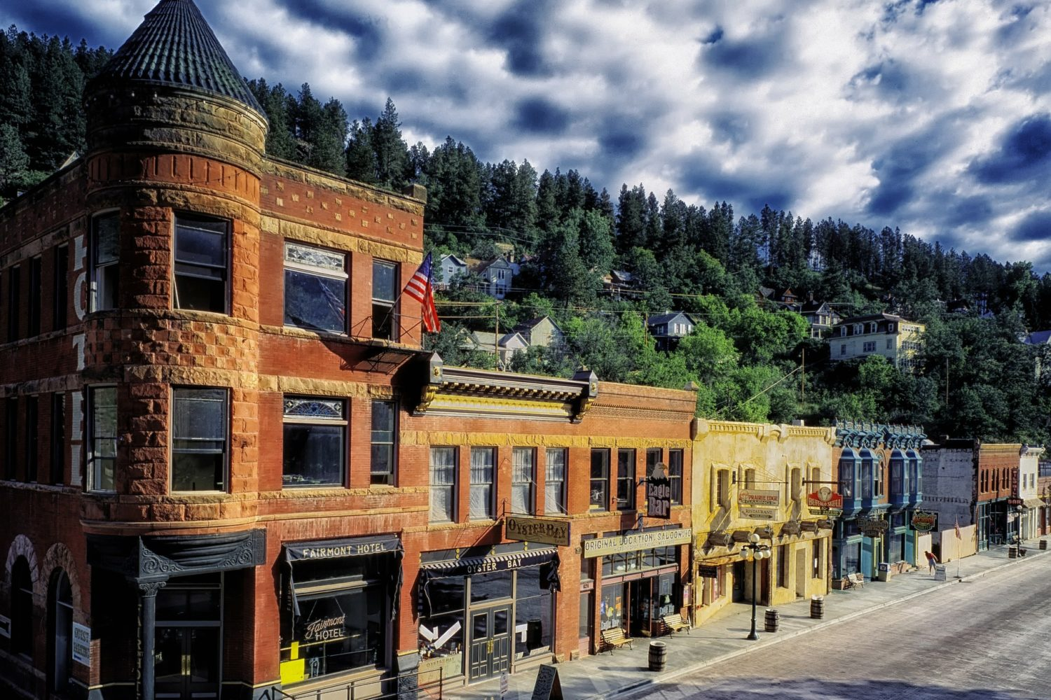 "Experience the ""Old West"" on this self guided bike tour - visit Deadwood"